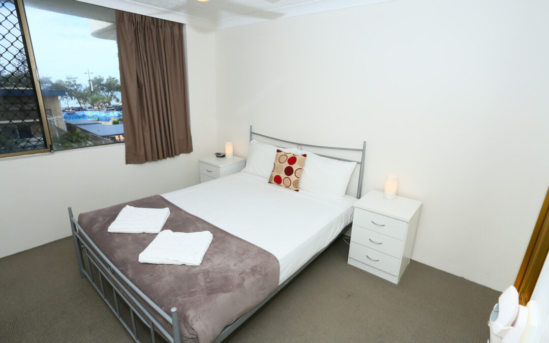 Budget-Friendly Central Surfers Paradise Accommodation for Couples