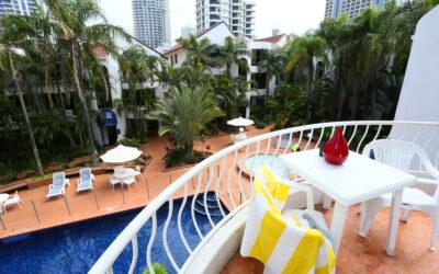 Budget Holiday Apartments Gold Coast | St Tropez Resort