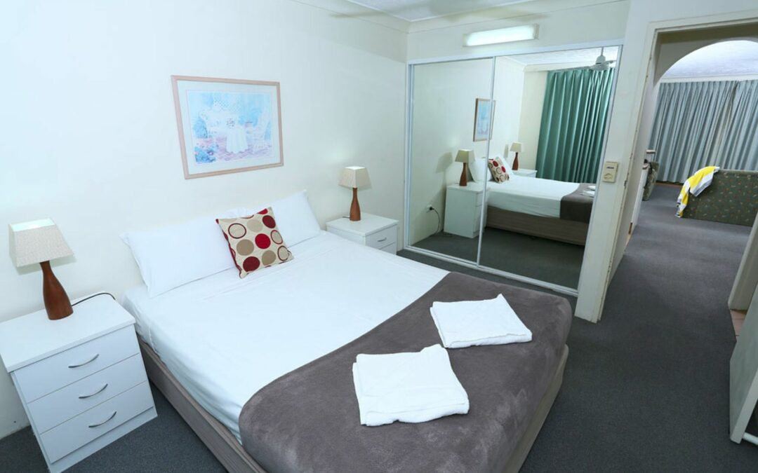 Central Surfers Paradise Accommodation Apartments for Rent at St Tropez