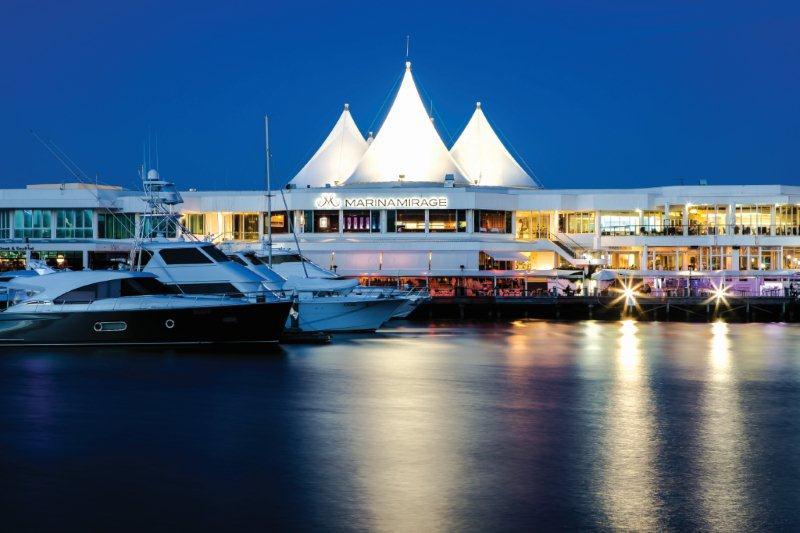 5 Top Gold Coast Shopping Spots Near St Tropez Resort